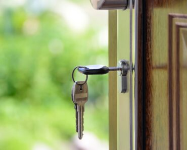 Can A Bank Foreclose On A Homeowner Without Personal Service